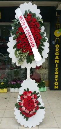 Çift katlı düğün nikah çiçeği modeli  İsparta çiçek siparişi sitesi
