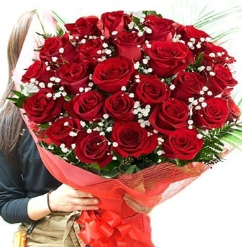 Kız isteme çiçeği buketi 33 adet kırmızı gül  İsparta çiçek gönderme sitemiz güvenlidir