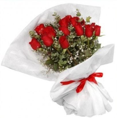 9 adet kırmızı gül buketi  İsparta çiçekçi mağazası