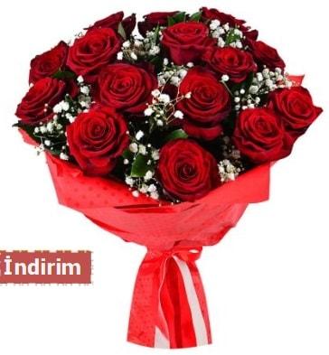 12 Adet kırmızı aşk gülleri  İsparta çiçek satışı